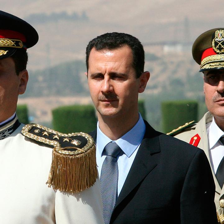 """إعادة تأهيل الأسد: """"الجامعة العربية"""" تحتضن منبوذاً"""